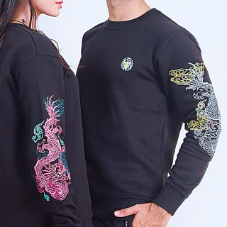 Dragons on your sleeves! Inspired by the concept of tsikiyou o nari(dragons which are diverse legendary creatures in Japanese mythology), we present to you a embroidered sweatshirt with with dragons on sleeves. Buy it now. Inbox us.  #vulpescorsac #menswear #streetwear
